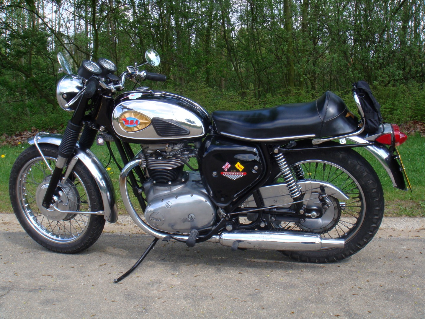 wild mouse cycles - bsa a65 thunderbolt